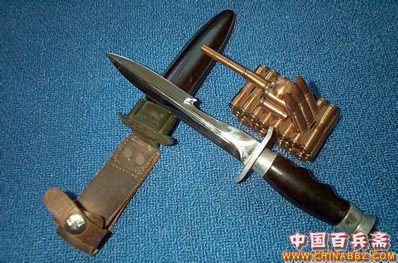 伞兵钩刺囹�a_国产65伞兵刀一代二代的机构基本是一样的,对于这种以捅刺和割绳为主