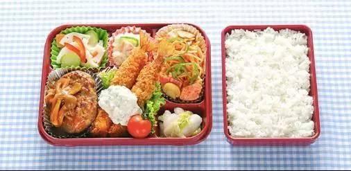 单凭快餐,他一年就赚了6个亿的人民币,这就是日本玉子屋.图片