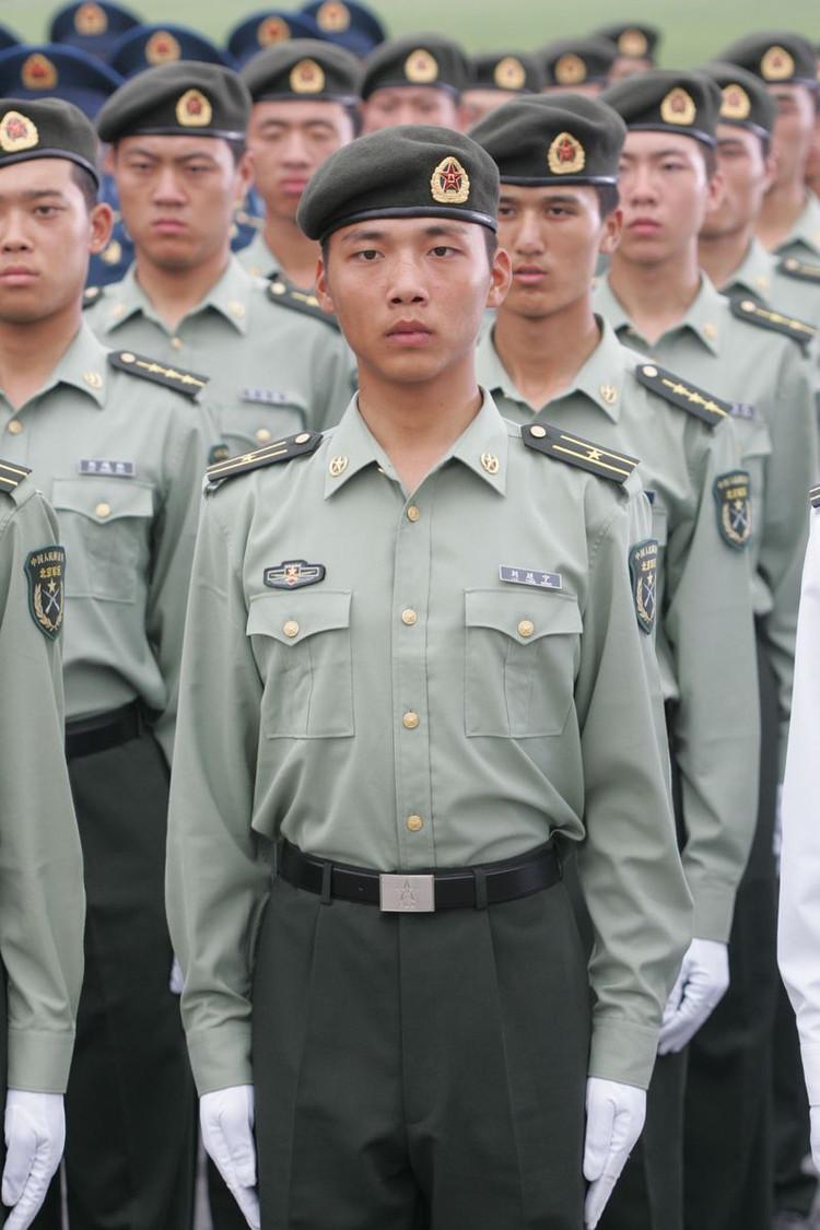 中国人民解放军各军种军服